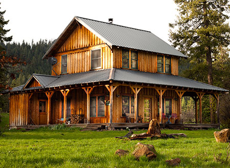 Meadow House farm stay vacation rental on a Southern Oregon working ranch and farm