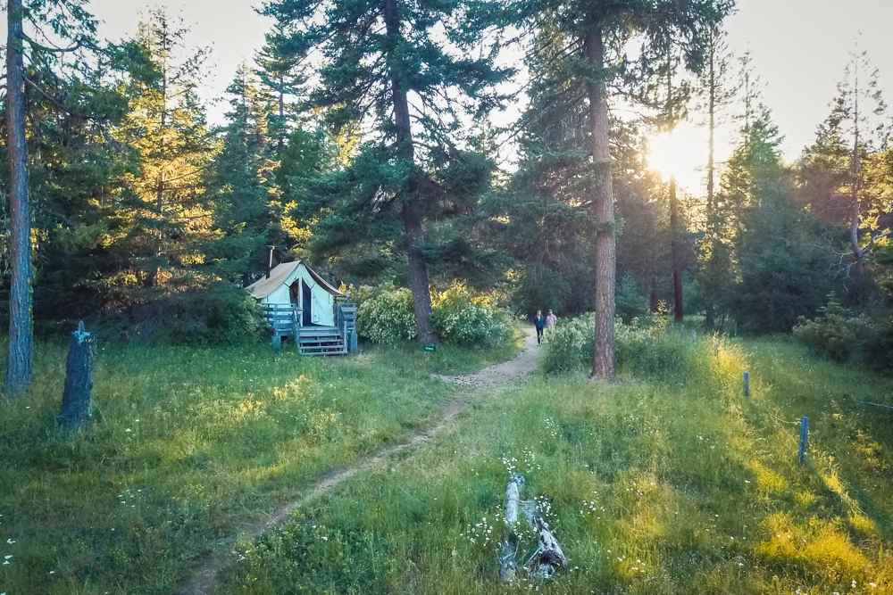 Willow-Witt Ranch farm stay tent cabins trail at sunset