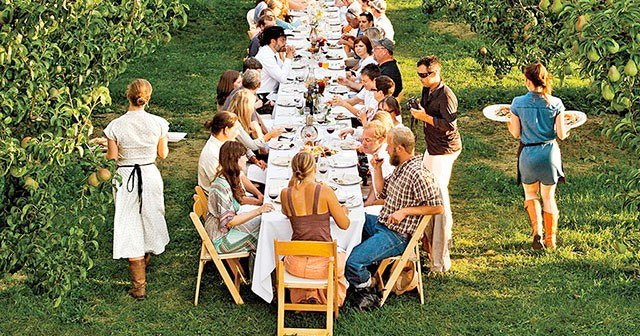 Farm to Fork dinner at an Oregon family farm