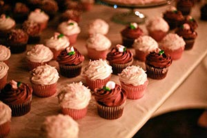 birthday party cupcakes